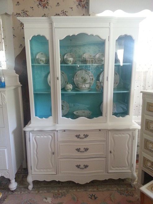 White French Provincial China Hutch July 2014 A